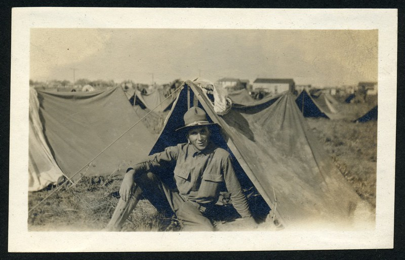 Lynchburg Home Guard Soldier in Tent (06256)