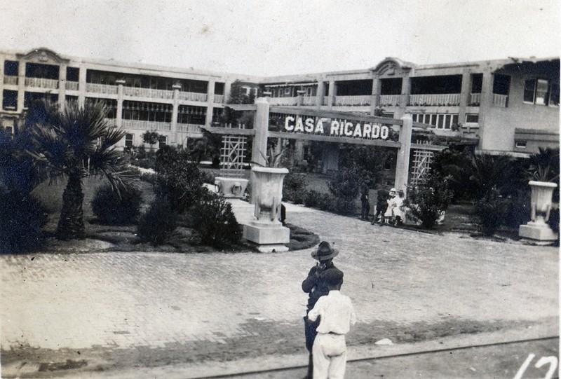 Lynchburg Musketeer at the Casa Ricardo (03389)