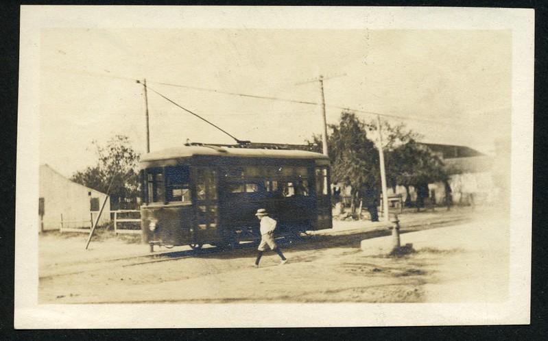 Streetcar (06233)