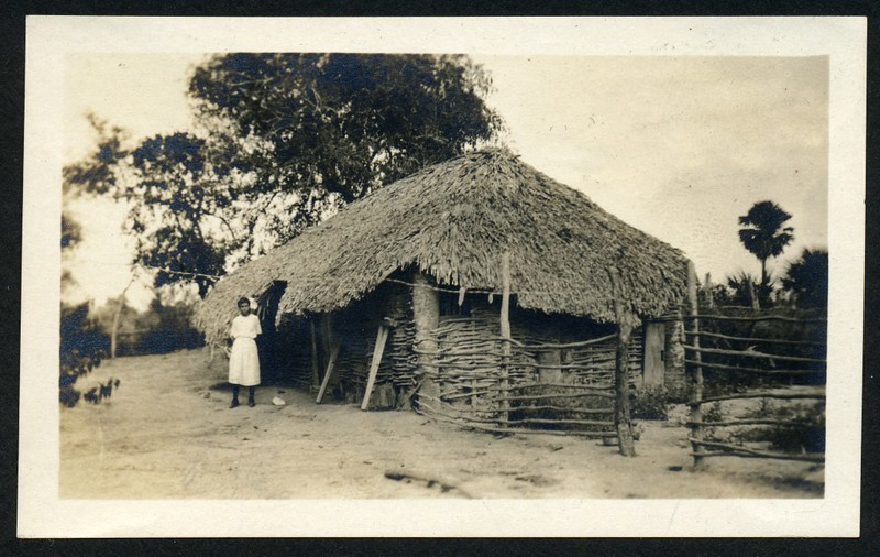 Lynchburg Home Guard Hut and Occupan(06265)