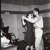 Dancing (00750)