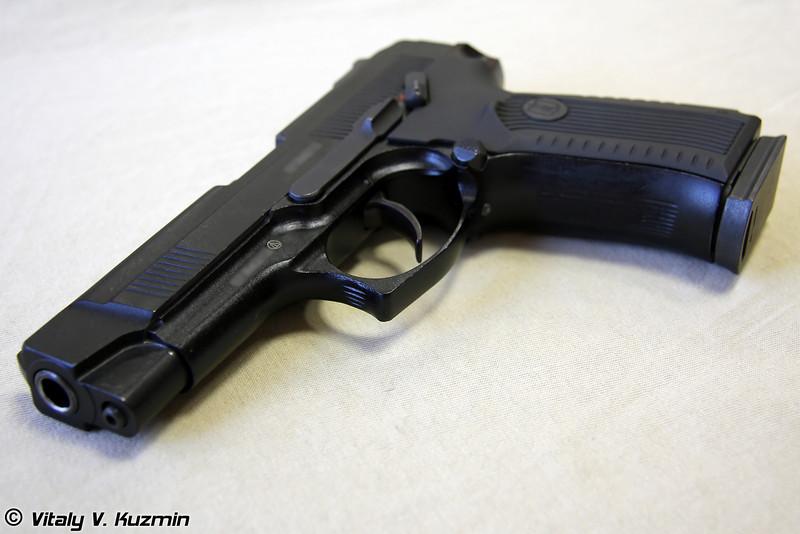 9-мм Пистолет Ярыгина ПЯ 6П35 (9mm PYa 6P35 Yarygin pistol, also know as MP-443 Grach)