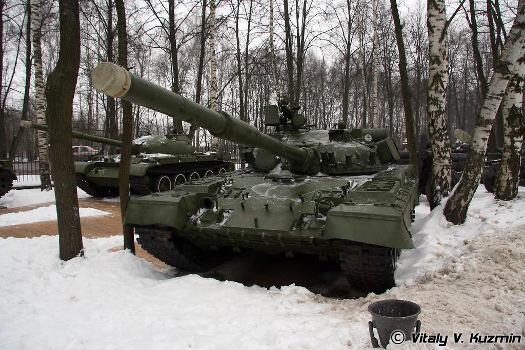 Т-80Б (T-80B)