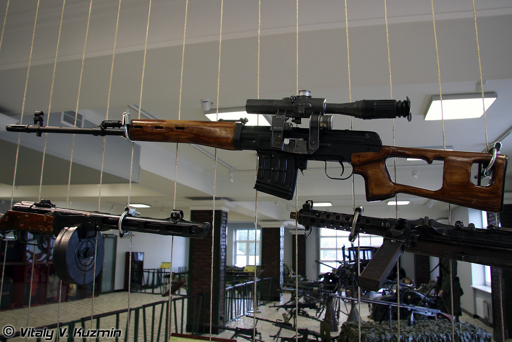 СВД (SVD sniper rifle)