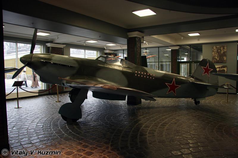 Як-9 (Yak-9)