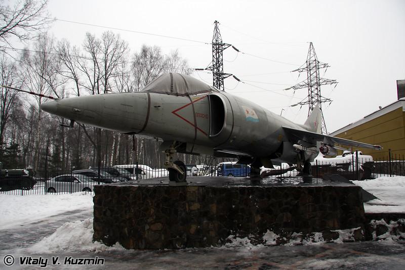 Як-38 (Yak-38)