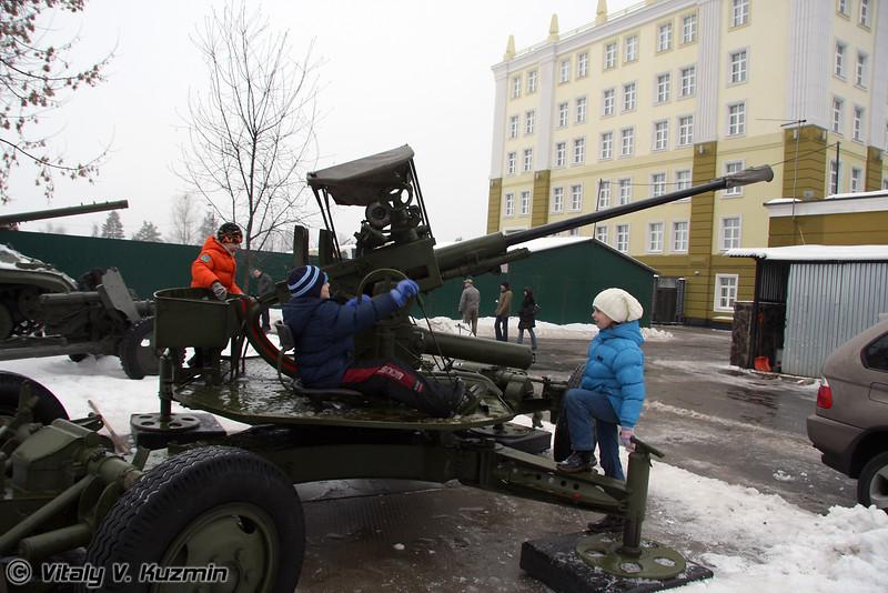Спаренная 37-мм авто зенитная пушка В-47 обр 1944-45гг. (37-mm V-47 AA cannon)