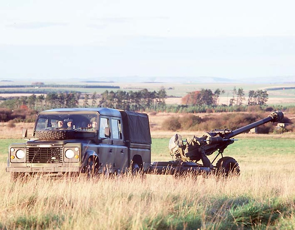 Land Rover Military 112