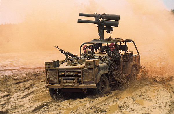 Land Rover Military 011