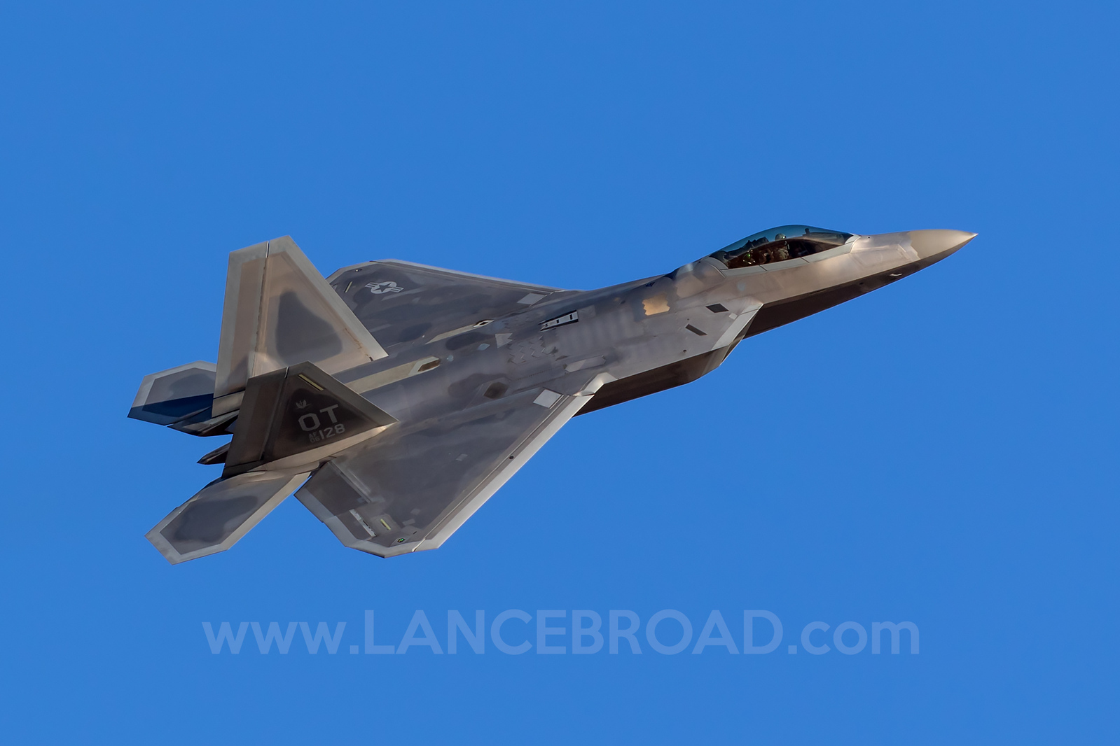 United States Air Force F-22A Raptor - 06-4128 - LSV
