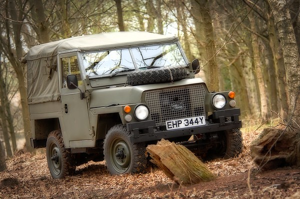 Land Rover Military 146