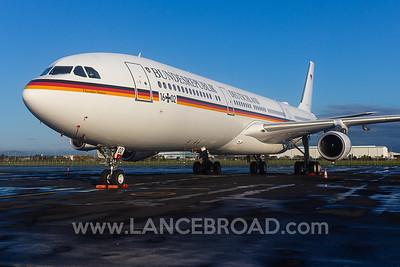 Luftwaffe A340-300 - 16+02 - BNE