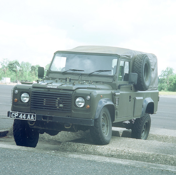 Land Rover Military 086