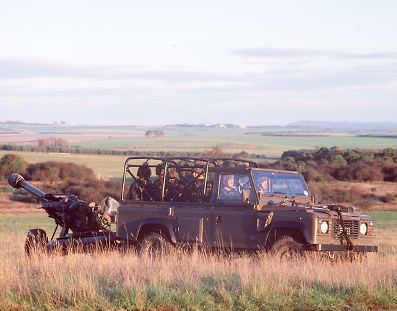 Land Rover Military 115