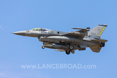 Singapore Air Force F-16D - 662 - YAMB
