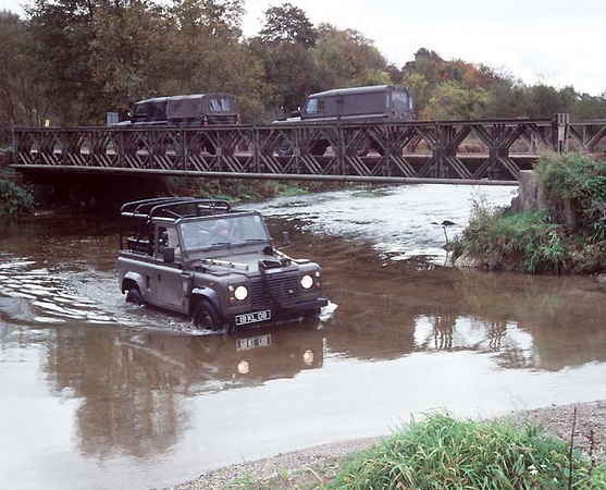 Land Rover Military 106