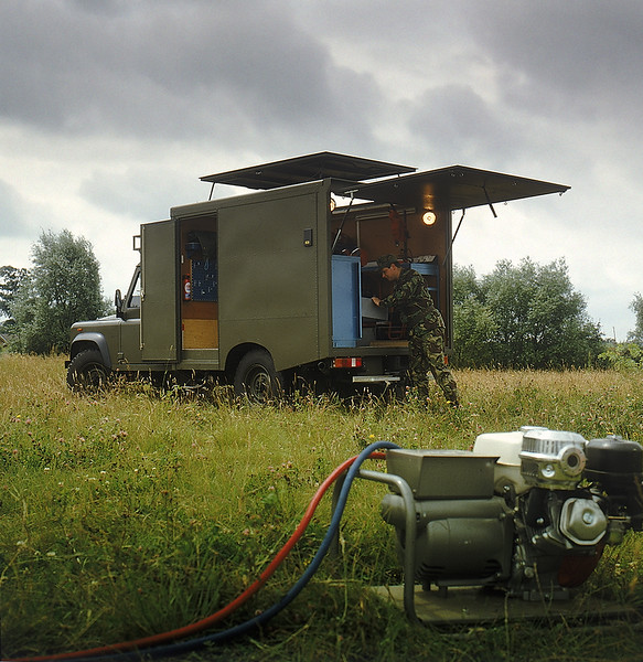 Land Rover Military 064