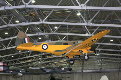 V3388 Airspeed AS.10 Oxford Mk1 G-AHTW @ Duxford 08.09.12