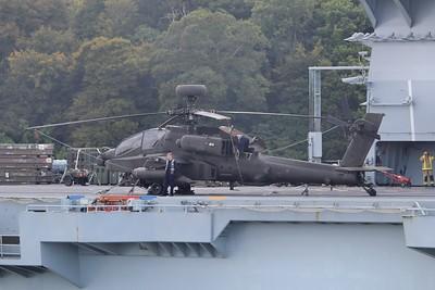 ZJ207 Boeing WAH-64D Apache AH1 - On the flight deck of HMS Ocean 21.09.15