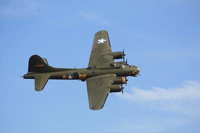 """124485 Boeing B-17G Flying Fortress G-BEDF DF-A """"Sally - B"""" @ Duxford 08.09.12"""