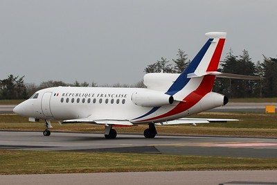 004 F-RAFQ Dassault Falcon 900 @ Newquay Airport 21.04.16
