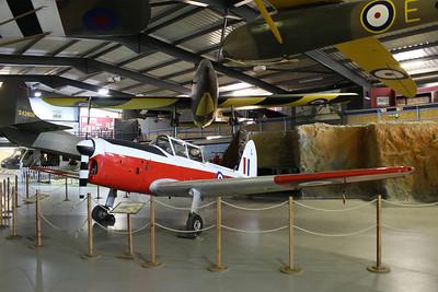 WG432 De Havilland DHC-1 Chipmunk T10 @ Army Air Corps Museum 10.07.13