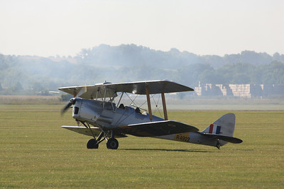 R4922 De Havilland DH.82A Tiger Moth G-APAO @ Duxford 08.09.12