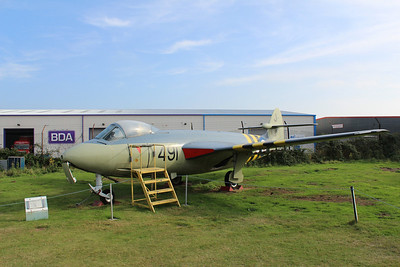WV797 / 491 / J Hawker Sea Hawk FGA6 @ Midland Air Museum 24.09.13