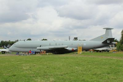 XW664 Nimrod R1 @ East Midlands Aeropark 31.07.14
