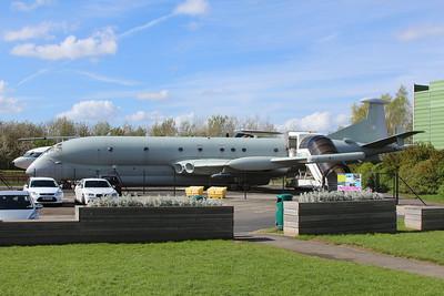 XV231 / 31 Nimrod MR2 @ Aviation Viewing Park Manchester 26.04.14