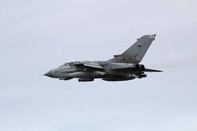 ZA585 / 054 Panavia Tornado GR4 @ Newquay Airport 03.09.15