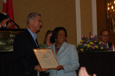 2008 07-10 Ms. Bennett presents prestigious award from Alabama Bar Association to Millard Fuller at annual convention in Destin,FL. (Photo credit: John Bennett)