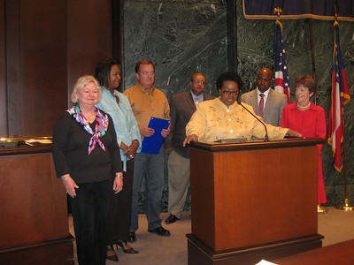 09 04-20 Atlanta City Council presents Resolution to Greater Atlanta Fuller Center members on behalf of Linda Fuller.