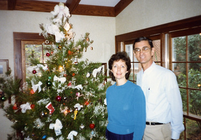1987 - Millard and Linda Fuller at home.