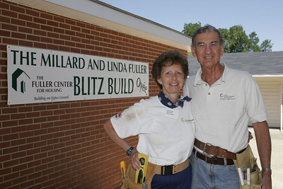 2006 09 Shreveport, LA - Linda and Millard Fuller Blitz Build.