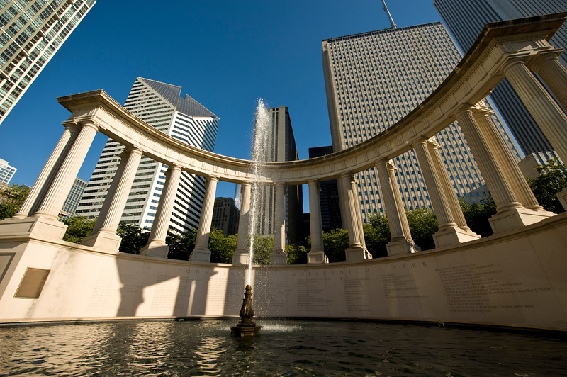 Fountain in Millennium Park dedicated to its founders