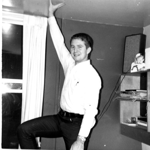 """Randy Thompson """"Holding up the ceiling""""!"""