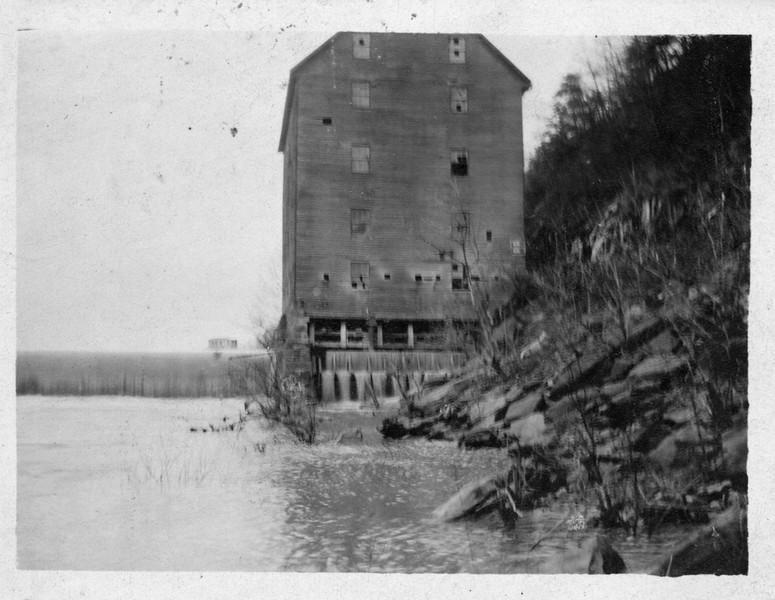 Scott's Mill Dam (03336)