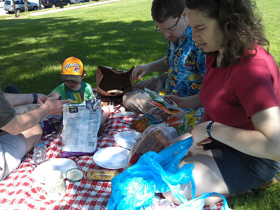 a picnic with the Gs