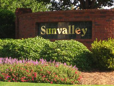 Sunvalley Neighborhood Of Homes Roswell GA (1)