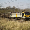 92039 'Johann Strauss' passes Bradwell, MK with 6O67 Daventry - Dollands Moor vans on 2nd March 2013