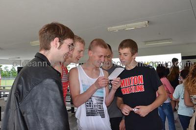 6-7-13 senior picnic_0020