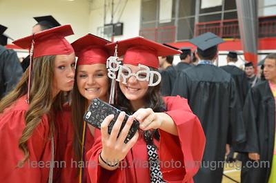 6-14-15 graduation2015-042