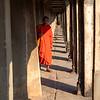 Munk i Angkor Wat / Monk at Angkor Wat<br /> Siem Reap, Kambodja 15.1.2020<br /> Canon 5D Mark IV + EF 50mm f/1.4 USM