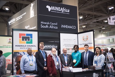 The MineAfrica team flanked by Tebello Chabana, (Minerals Council South Africa) and Victoria Stephen (Mining Review Africa)