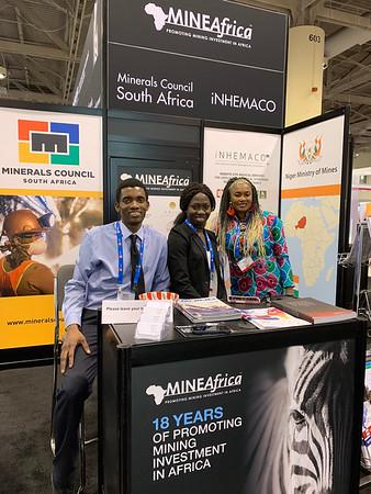MineAfrica's Seun Obikoya & Mabinty Bangoura with Hawa Sylla (Guinea)
