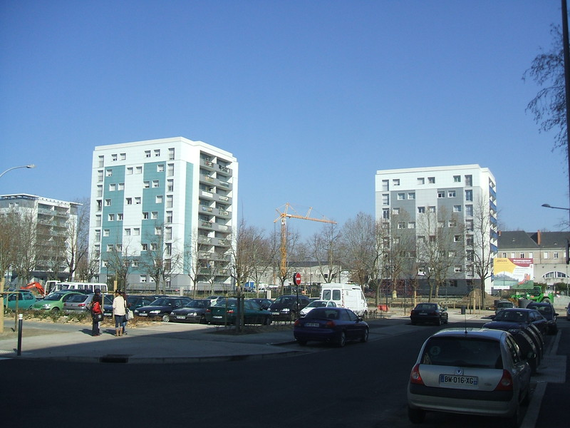 JustFacades.com High Pressure Overclads in Angers France (1).JPG