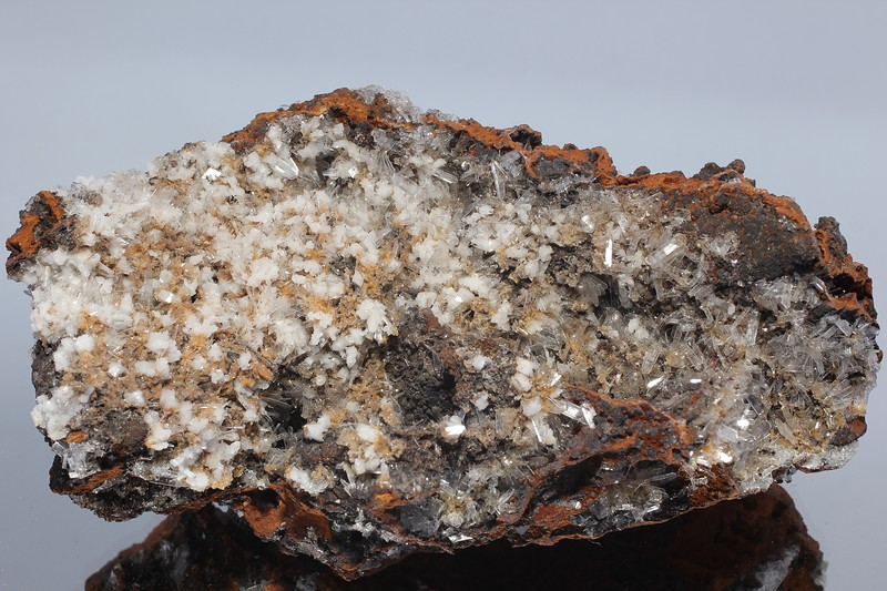 Goethite with Hemimorphite and Calcite