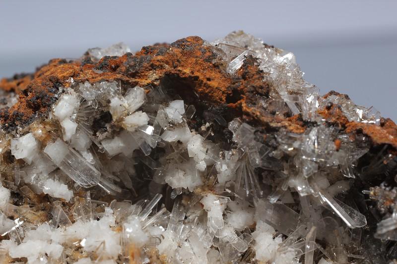 Goethite with Hemimorphite and Calcite