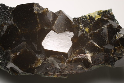 Andradite, Vesuvianite and Clinochlore